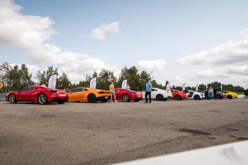 alignement voitures sport