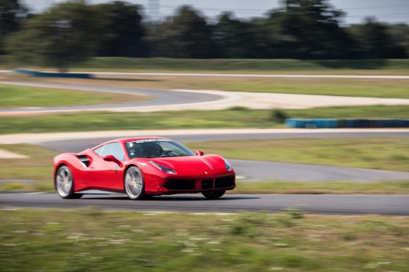 Pilotez une Ferrari sur Circuit