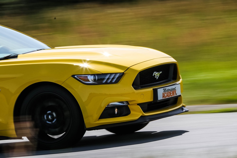 Piloter une Ford Mustang