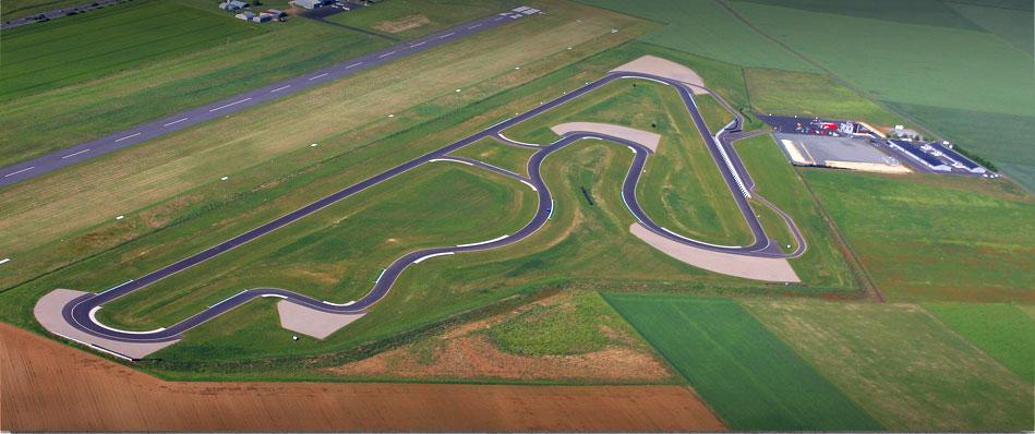 Pilotez sur le circuit de Fontenay-le-Comte